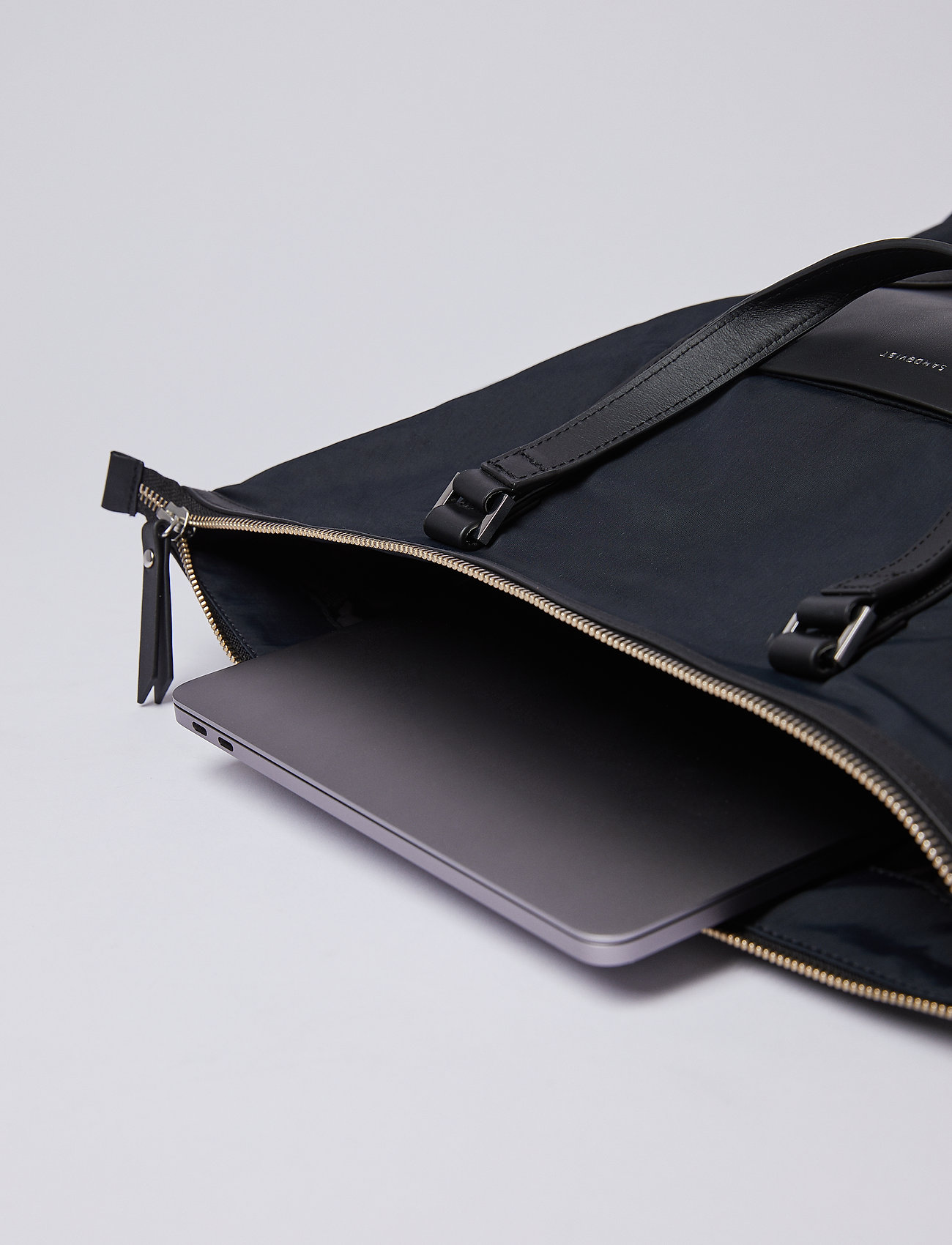 SANDQVIST - MARTA - nieuwe mode - black with black leather - 6