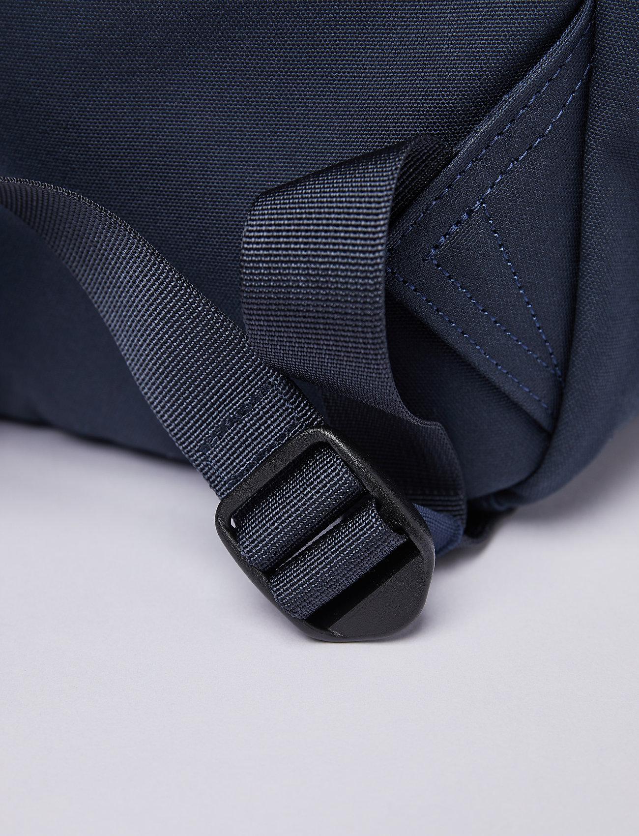 SANDQVIST - KNUT - väskor - navy blue with navy webbing - 8