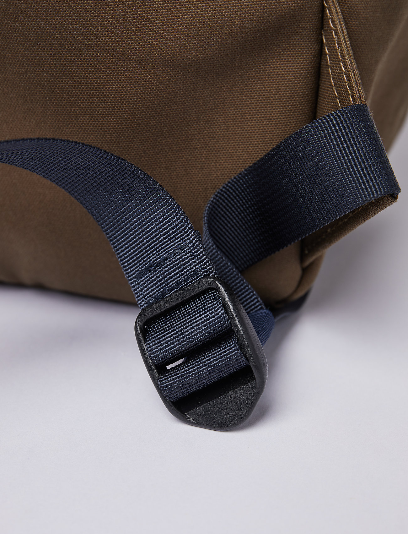 SANDQVIST - KNUT - sacs a dos - olive with navy webbing - 8