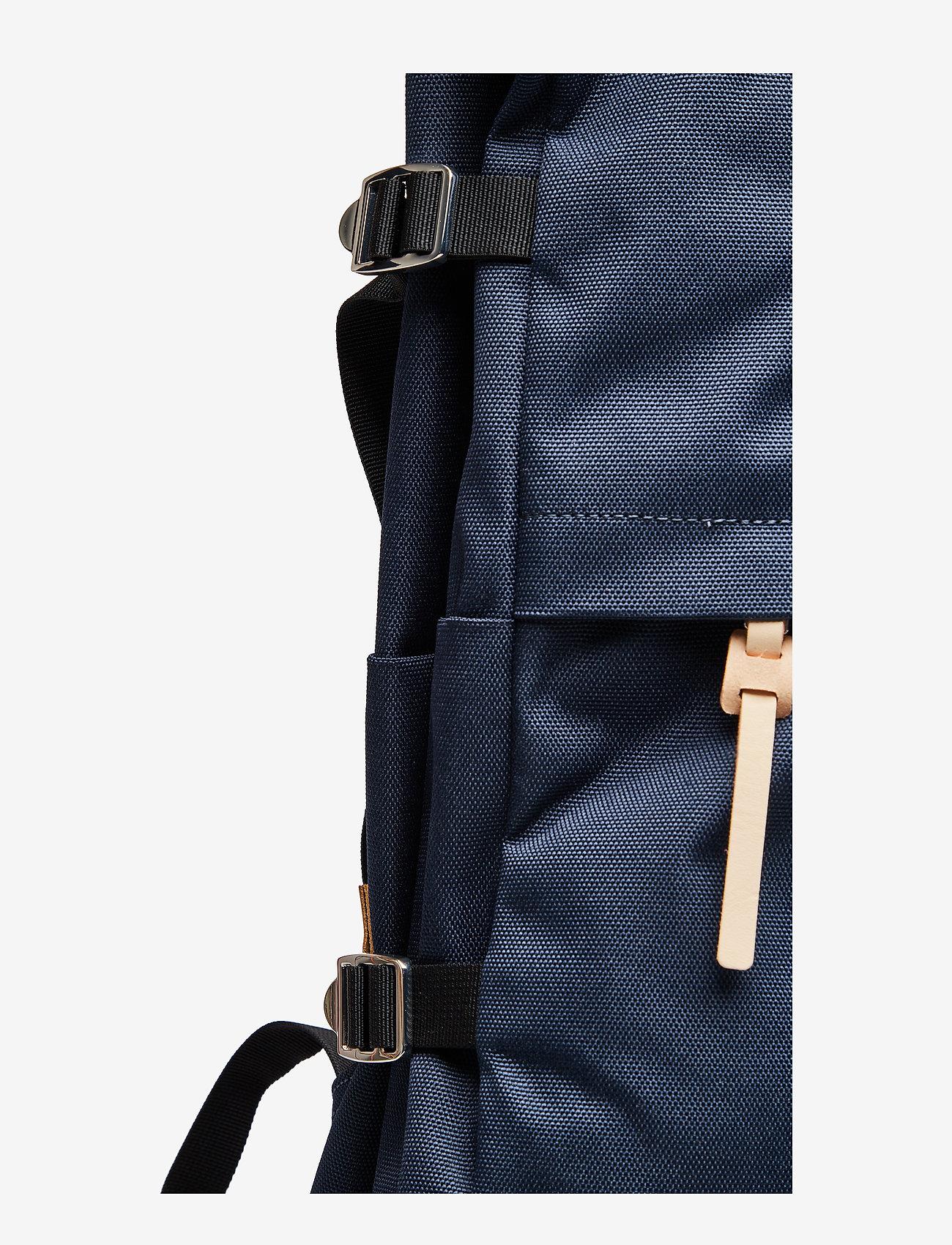 SANDQVIST - BERNT - tassen - navy with natural leather - 6