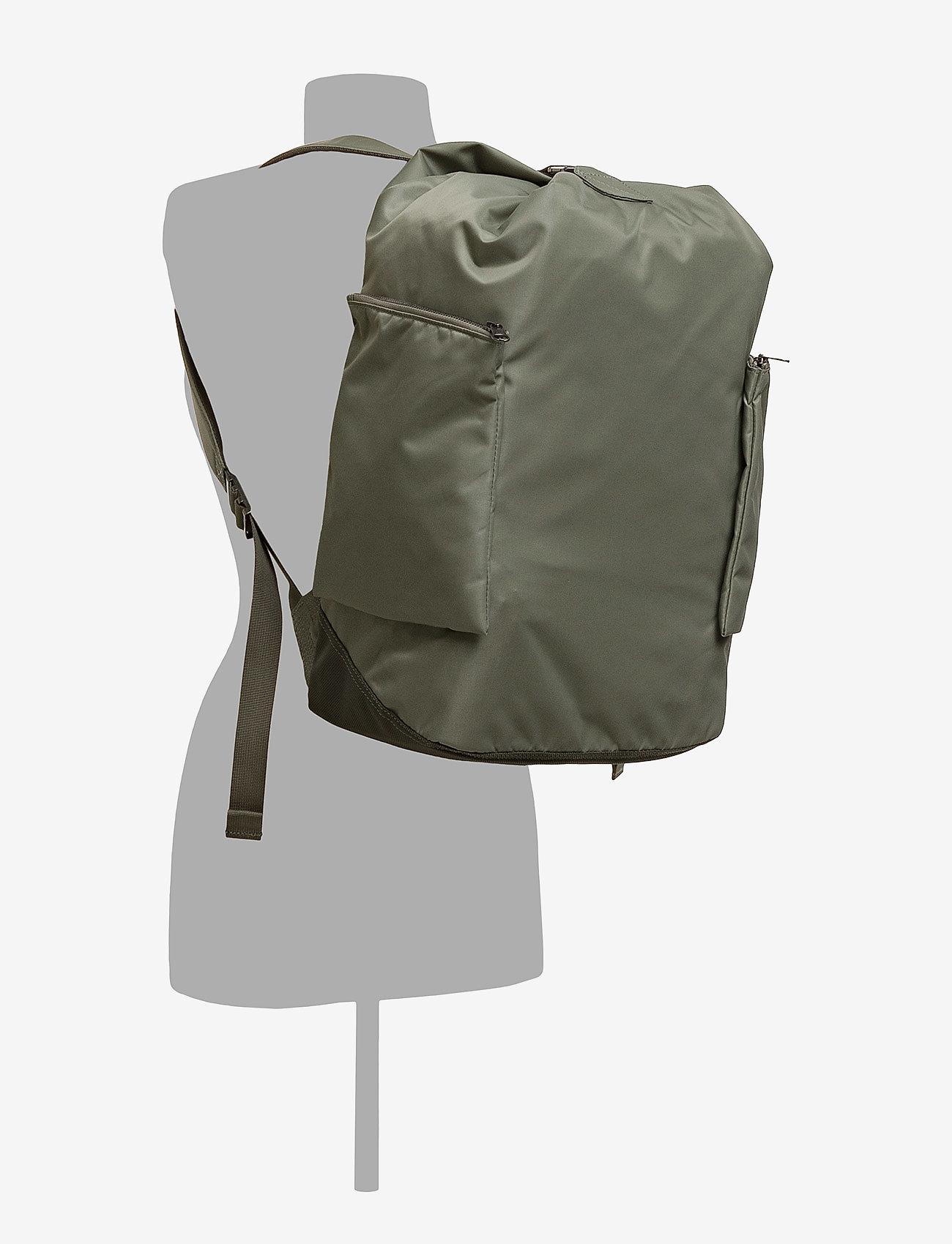 SANDQVIST TORA - Plecaki WILLOW GREEN - Torby