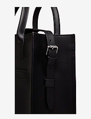 SANDQVIST - JEFFREY - handväskor - black - 5