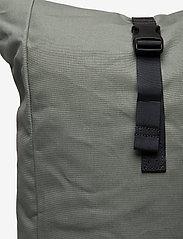 SANDQVIST - KAJ - tassen - dusty green with navy webbing - 3