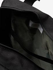 SANDQVIST - KNUT - tassen - black with black webbing - 5