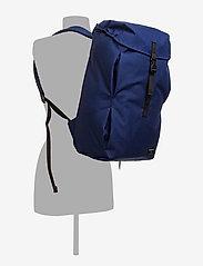 IVAN DEEP BLUE | Axelband, Ryggsäck, Väskor