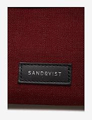 SANDQVIST - INA - toilettassen - burgundy - 3