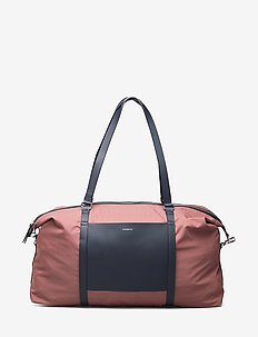 HELLEN - MAROON WITH NAVY LEATHER