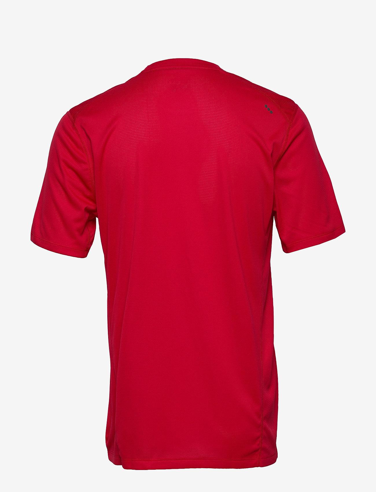 Stopwatch Short Sleeve (Saucony Red) (20.93 €) - Saucony goFcB