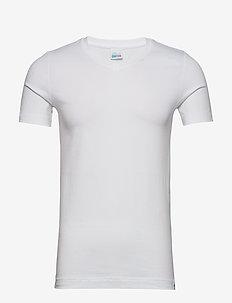 Shirt 1/2 - basic t-shirts - white