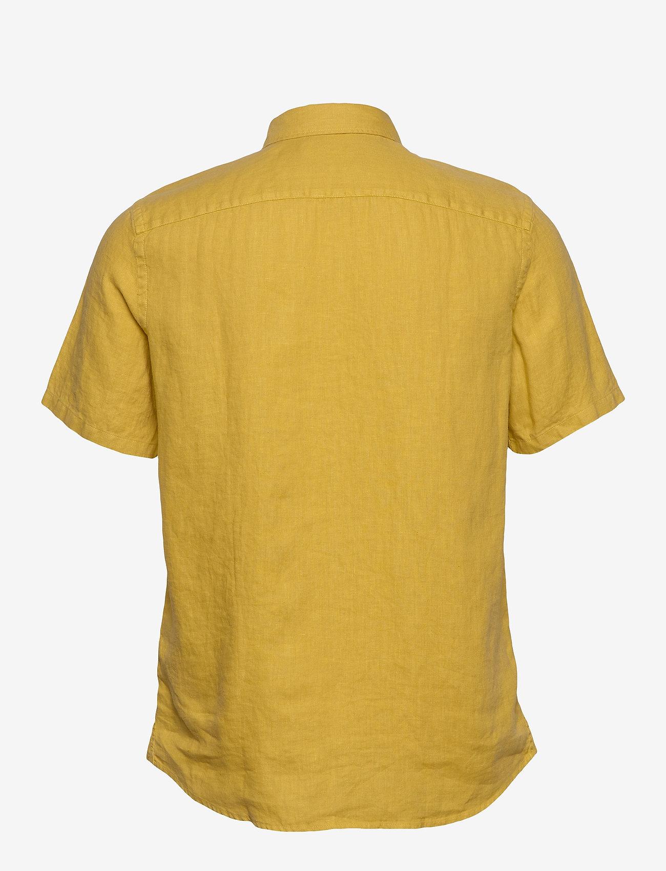 Scotch & Soda - REGULAR FIT- Shortsleeve garment -dyed linen shirt - basic shirts - saffron - 1