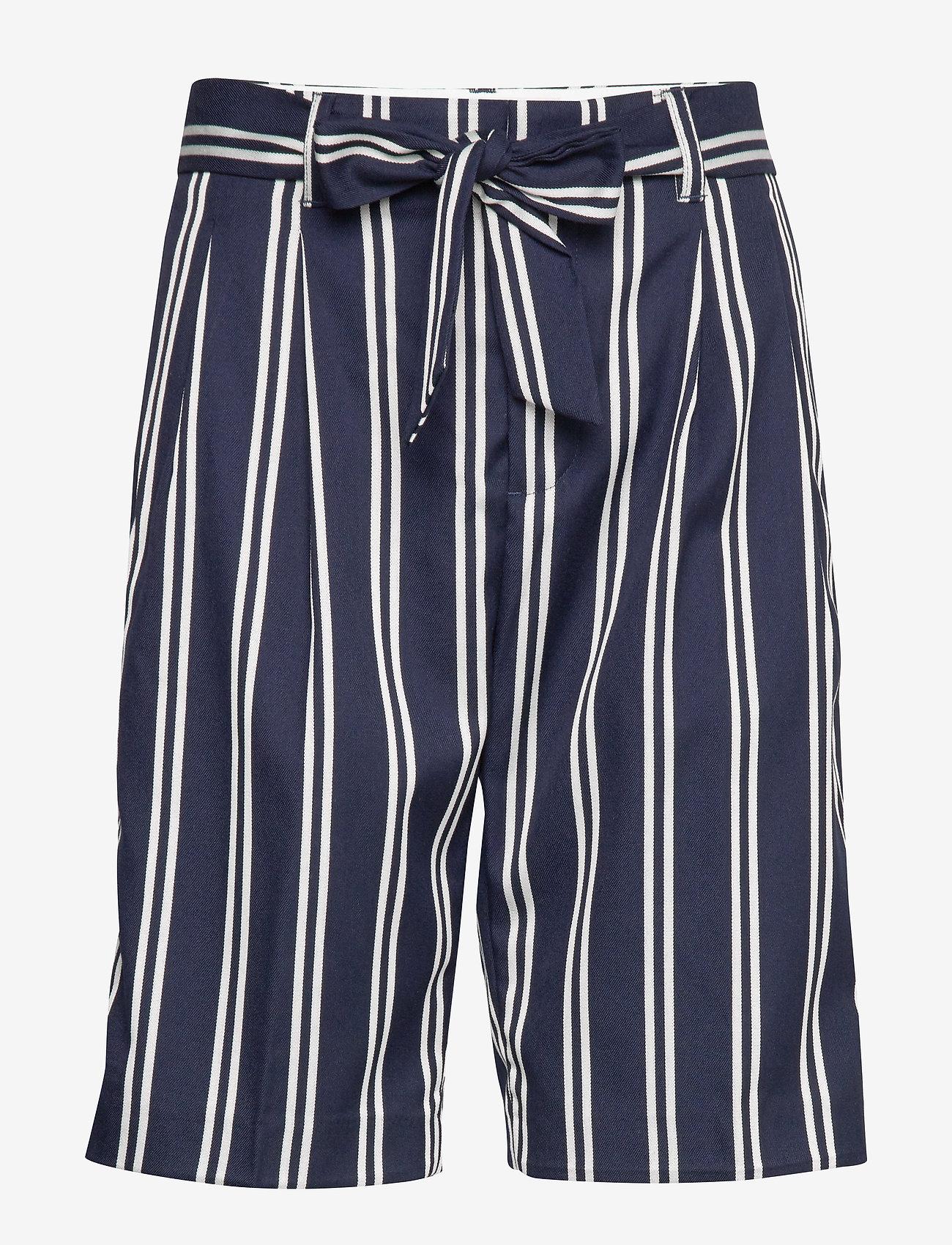 Scotch & Soda - Longer length tailored shorts - bermuda-shortsit - combo r - 0