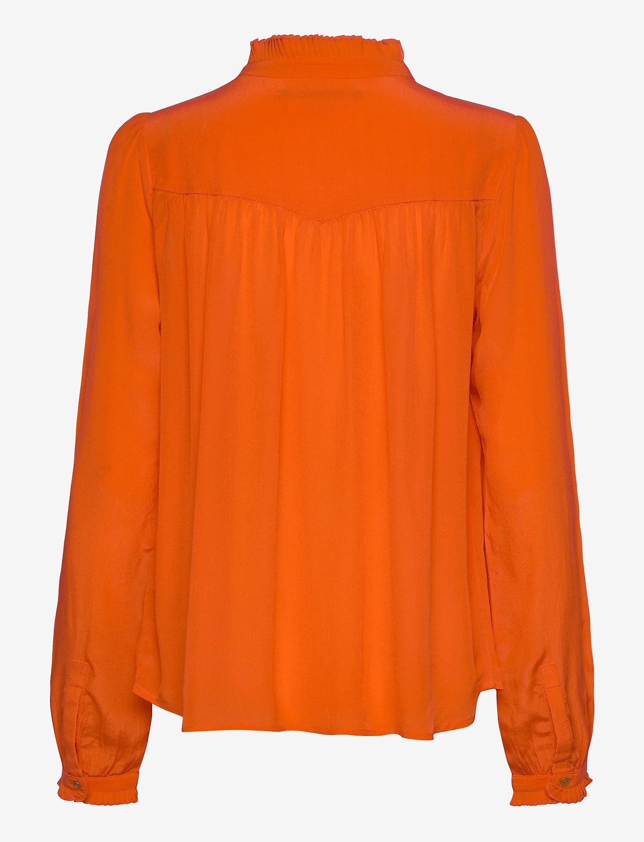 Scotch & Soda - Feminine shirt with pleated detailing - chemises à manches longues - orange shell - 1