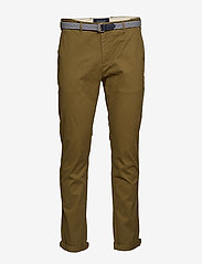Scotch & Soda - Ams Blauw Stuart chino with belt in stretch peached quality - chinos - military green - 0