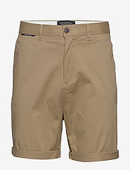 Scotch & Soda - Mid length - Classic chino short in pima cotton quality - chinos shorts - sand - 0
