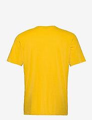 Scotch & Soda - Fabric dyed pocket tee - basic t-shirts - explorer yellow - 1