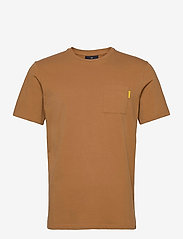 Scotch & Soda - Fabric dyed pocket tee - basic t-shirts - tobacco - 0