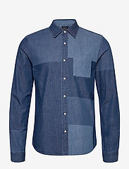 Scotch & Soda - Ams Blauw denim shirt with patchwork detailing - basic shirts - combo a - 0