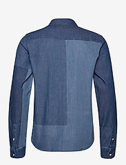 Scotch & Soda - Ams Blauw denim shirt with patchwork detailing - basic shirts - combo a - 1