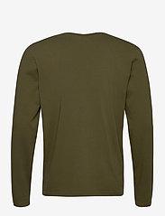 Scotch & Soda - Longsleeve tee in heavy organic cotton - basic t-shirts - military green - 1