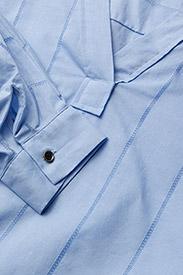 Scotch & Soda - V-neck cotton top - pitkähihaiset t-paidat - sky blue - 2