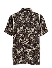 Hawaiian Fit- Shortsleeve Shirt With Knitted Tape Detail