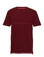 Club Nomade signature pique tee in oversize fit - NOMADE RED