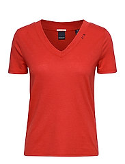 Feminine tee with deep V neck in linen mix quality - RESCUE RED