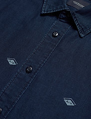 Scotch & Soda - Indigo shirt with artworks - chemises en jean - combo b - 2