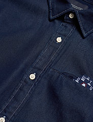 Scotch & Soda - Long sleeve indigo shirt with pochet pocket - chemises basiques - combo a - 2