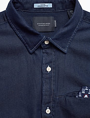Scotch & Soda - Long sleeve indigo shirt with pochet pocket - chemises basiques - combo a - 3