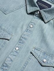 Scotch & Soda - Ams Blauw denim western shirt in seasonal washes - chemises basiques - bleached indigo - 2