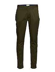 Stuart - Classic regular slim fit chino - MILITARY