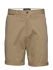 Mid length - Classic chino short in pima cotton quality - SAND