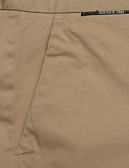 Scotch & Soda - Mid length - Classic chino short in pima cotton quality - chinos shorts - sand - 2