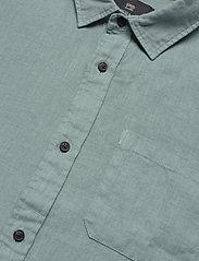 Scotch & Soda - REGULAR FIT- Shortsleeve garment -dyed linen shirt - basic skjorter - emerald - 2