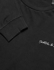Scotch & Soda - Longsleeve crewneck tee with artworks - basic t-shirts - black - 2