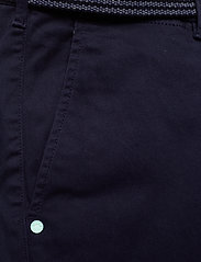 Scotch & Soda - Stuart peached twill chino with give away belt - chinos - midnight - 2