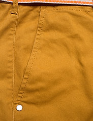 Scotch & Soda - Stuart peached twill chino with give away belt - chinos - sandlewood - 2