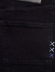 Scotch & Soda - Ralston Short - Autumn Mood - jeans shorts - autumn mood - 4