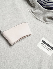 Scotch & Soda - Reversible hooded sweat with chest print - basic sweatshirts - grey melange - 2