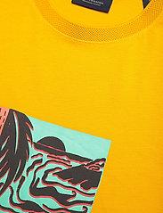 Scotch & Soda - Seasonal artwork tee - short-sleeved t-shirts - explorer yellow - 2