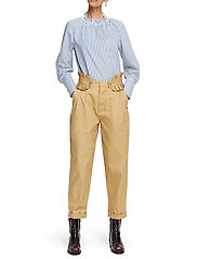 Scotch & Soda - Clean twill chino with detachable pleated belt - chinos - sand - 7