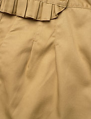 Scotch & Soda - Clean twill chino with detachable pleated belt - chinos - sand - 9