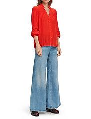 Scotch & Soda - Feminine shirt with pleated detailing - chemises à manches longues - orange shell - 5