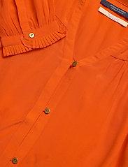 Scotch & Soda - Feminine shirt with pleated detailing - chemises à manches longues - orange shell - 6