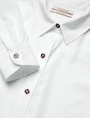 Scotch & Soda - Classic shirt in lyocell quality - chemises à manches longues - white - 2