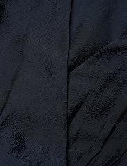 Scotch & Soda - Feminine dress with pleated skirt in structured quality - kveldskjoler - night - 2