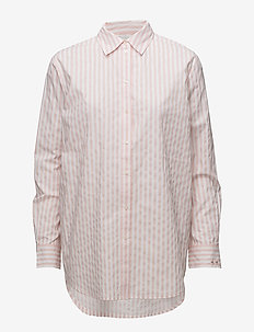 Shirt with small embroidery detail - COMBO B