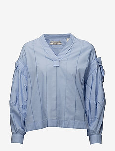 V-neck cotton top with subtle ladder details and voluminous - SKY BLUE
