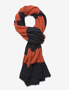Classic wool scarf in structured knit - COMBO A